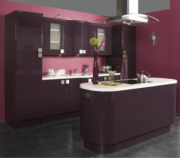 Kitchen Design High Gloss: Aubergine High Gloss