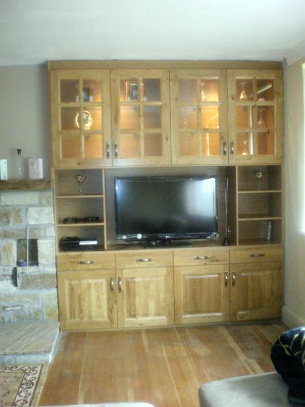 Character Oak Sitting Room Unit Gurteen Kitchens Knock