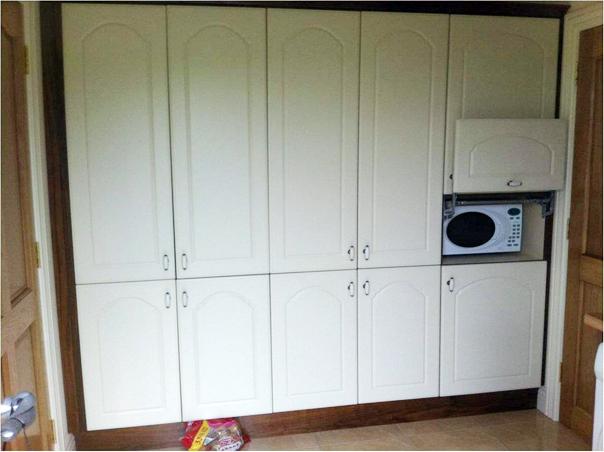 Ivory-painted-MDF-kitchen-with-walnut-trim-and-sitting-room-units-Ballyhaunis-Co.Mayo-Ireland-007